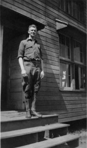 Pvt. Frank Schumann at Ft. Stevens, Oregon in May of 1918